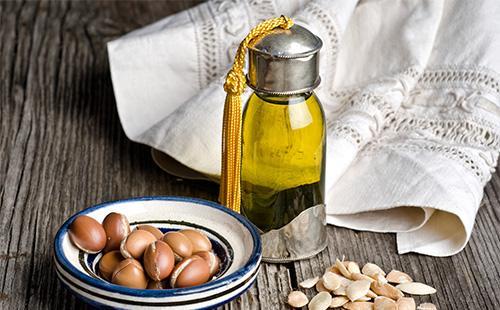 Аргановое масло в бутылке