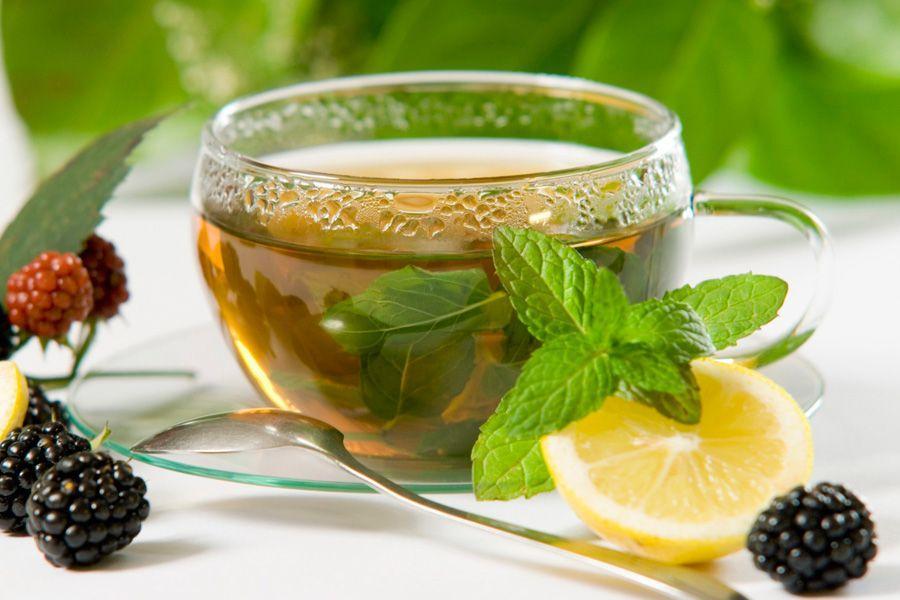 Чай улун для похудения с лимоном и листиками мяты