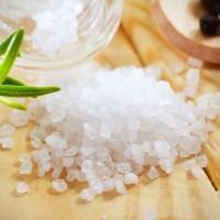 Россыпь чистой морской соли