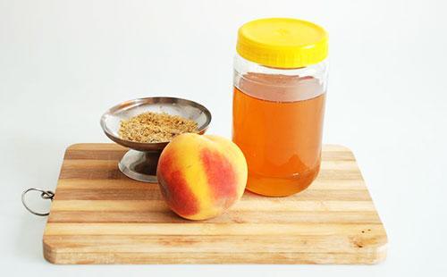 Скраб из персикового масла