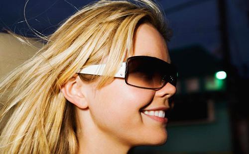 Хорошие очки надёжно защищают глаза