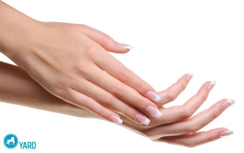 zhenskie-uhozhennye-ruki